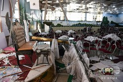 アフガニスタンの首都カブールで、爆発現場となった結婚式場(2019年8月18日撮影)。(c)AFP=時事/AFPBB News