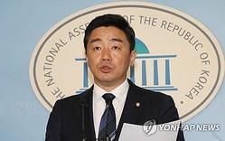 共に民主党の姜勲植・首席報道官(資料写真)=(聯合ニュース)