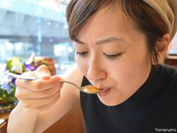 【衝撃】ギネスブック掲載の「世界一辛いカレー」を辛い食べ物が苦手な女の子に食べさせてみた結果