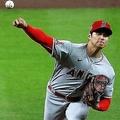 「2番・投手」で投打同時出場しているエンゼルスの大谷翔平【写真:Getty Images】