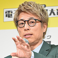 特別番組『世界一やさしいワイドショー』でMCをつとめたロンドンブーツ1号2号の田村淳