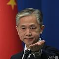 中国の汪文斌外務省報道官(2020年11月9日撮影、資料写真)。(c)GREG BAKER / AFP