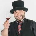 やまだ・るい53せい 貴族キャラで人気に。『土曜の午後は♪ヒゲとノブコのWEEKEND JUKEBOX』(文化放送)に出演中。9月には髭男爵単独舞踏会「貴族のあきらめ」を予定。