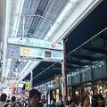 大阪・梅田の東通り商店街