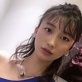 生放送で番組降板を直訴した小倉優香(画像は『小倉優香 2019年5月25日付Instagram「UOMOのイベントでした」』のスクリーンショット)