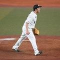 「狂ったように野球、全身全霊でチームのことを」澤村拓一の特別な1年