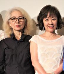 19年6月に映画「エリカ38」の劇場公開記念舞台あいさつに出席した木内みどりさん(左)と浅田美代子