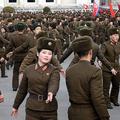 人民武力省慶祝舞踏会で踊る女性兵士(画像:朝鮮の今日)