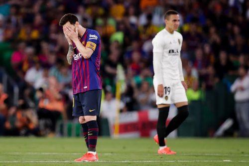 [画像] バレンシアが11年振りに国王杯優勝!…バルサは前半2失点で5連覇逃す