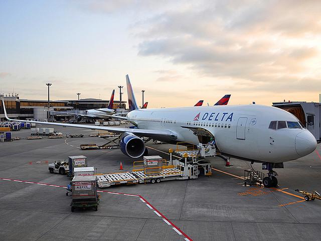 デルタ航空で乗客が一人だけという奇跡が起きる! しかしこの話には続きがあった…