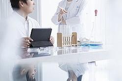中国のポータルサイトに、日本の研究人材が中国に流れることで日本の重要技術も流出するとの懸念が広がっていることに対し「日本は考え過ぎだ」とする記事が掲載された。(イメージ写真提供:123RF)