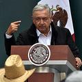 メキシコのロペスオブラドール大統領=2020年9月、メキシコ市(AFP時事)