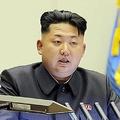 朝鮮人民軍第4回中隊長・中隊政治指導員大会に参加した金正恩氏(2013年10月24日付朝鮮中央通信)
