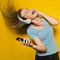 エンヤやモーツァルト 心理学者も認める「不安やストレスを軽減できる曲」