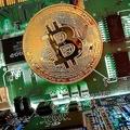 ビットコインが5万ドル割れ 利益確定の動きで一時10%超下落