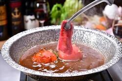 赤白ワインを使った「ワイン鍋」が美味しそう! 〆はフェットチーネ&リゾットで♪