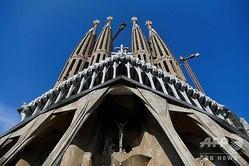 スペイン・バルセロナにあるサグラダ・ファミリア教会(2020年9月16日撮影)。(c)Pau BARRENA / AFP