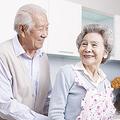 9月21日には国際アルツハイマーデーだった。高齢者人口の増加が急速に進んでいる日本では、アルツハイマー病の患者と社会との関わり方を真剣に考える必要性に迫られている。中国メディア・新華網は21日、国際アルツハイマーデーに先駆けて東京・六本木で営業を行った「注文をまちがえる料理店」について紹介する記事を掲載した。