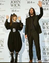 なぜ台風15号の影響受けなかった 来日イベント成功キアヌの日本愛