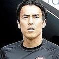 """ブンデスリーガ再開試合では途中出場だった長谷部。それまでは""""特設ベンチ""""に座っていた。 (C)Getty Images"""