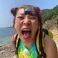 いつも元気なフワちゃん(画像は『アイ・アム・冒険少年【公式】 2020年9月26日付Twitter「OAまであと2日」』のスクリーンショット)