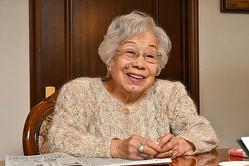 99歳の生保レディー、川上二三子さん