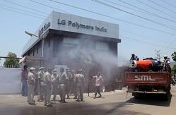 インド警察、ガス漏れ事故で韓国系化学工場のトップら12人逮捕