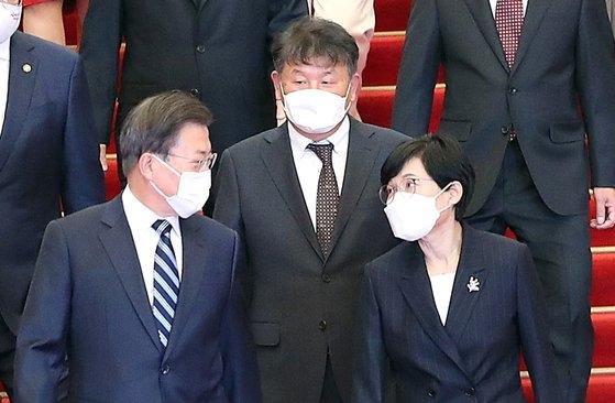 文大統領、駐スイス韓国大使に「2032年五輪の南北共同開催に努力してほしい」