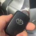 自宅や店舗でも スマートキーの車を盗む手口「リレーアタック」が拡大