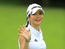 """美女ゴルファー、アン・シネの""""ピンクウェア姿""""に反響続々!「ラブリーすぎる」【PHOTO】"""