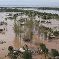 モザンビーク・ブジ地域で、サイクロン「エロイーズ」の上陸後に発生した洪水。国連児童基金(ユニセフ)が上空から撮影した映像より(2021年1月24日撮影、資料写真)。(c)AFP PHOTO /UNICEF/Bruno Pedro