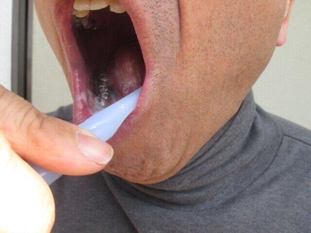 [画像] 「お父さん!歯磨き中に『オエーッ』やめて」 原因や年齢を調べたら意外な結果が