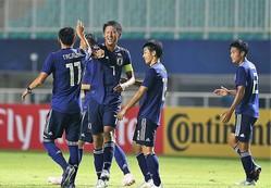 圧倒的な攻撃力を示し、グループリーグは3戦全勝。W杯出場へ、影山ジャパンに死角はない! 写真:佐藤博之