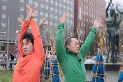 """大泉洋&音尾琢真、寒空の下ポージング!TEAM NACSが札幌で""""無茶ぶり""""ツアー"""