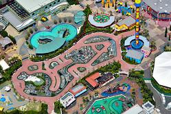23日からの再開が決まったレゴランド・ジャパン・リゾート=2020年5月2日午後、名古屋市港区、朝日新聞社ヘリから、遠藤真梨撮影