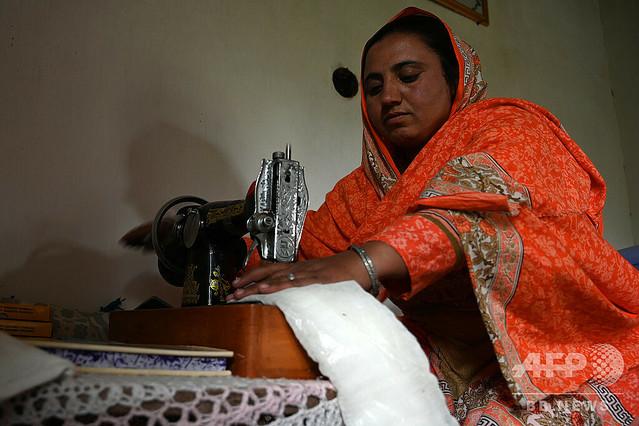 [画像] 「生理はタブー」を変える闘い、女性たちに使い捨てナプキンを