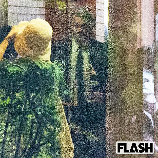 ピエール瀧被告を警官が護衛 撮影を阻止された記者「取材妨害だ」