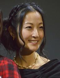 声優の伊藤静がブログで離婚を報告「コロナ離婚じゃないよ!」