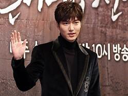 俳優イ・ミンホがついに除隊。韓流スターの帰還に期待大