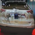 前を走る車を透過して前方の映像を確認できる車両映像伝送システム