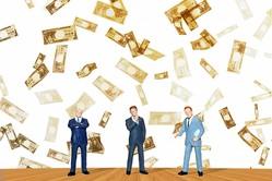 有職者の3人に1人が「バイト経験あり」。家計のために副業を余儀なくされる実態が明らかに