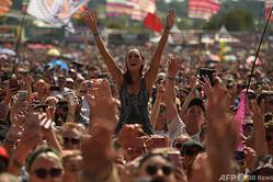 英イングランド南西部サマセットで2019年に開催された世界最大級の野外音楽祭「グラストンベリー・フェスティバル」(2019年6月29日撮影、資料写真)。(c)Oli SCARFF / AFP