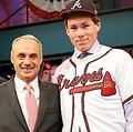 昨年ブレーブスからドラフト1巡目指名を受けていたカーター・スチュワート(右)【写真:Getty Images】