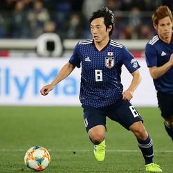 日本の攻撃を牽引したのが中島だ。とりわけ37分に鈴木の頭に合わせたクロスは秀逸だった。写真:茂木あきら(サッカーダイジェスト写真部)