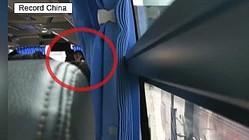 12日、中国有数の絶景の地である桂林で「女性添乗員が客に対し、1時間内に2万元(約31万円)分の買い物をするよう強要した」とする動画がSNS上に投稿され物議を醸している。