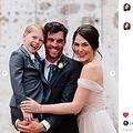 結婚式で笑顔を見せる一家(画像は『Ashah Photography 2020年8月25日付Instagram「More on the Seabolt family...」』のスクリーンショット)