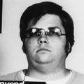 ジョン・レノン殺害犯が謝罪