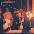 1990年(平成2年)11月22日、大嘗祭に臨まれた天皇陛下(現在の上皇陛下)(写真/共同通信社)