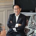 「ポスト安倍」目指す岸田文雄氏 うま味ない「憲法担当」で脱落か