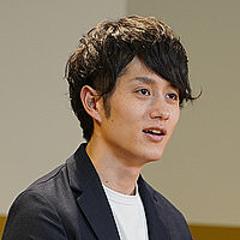 マコ なり 社長 経歴